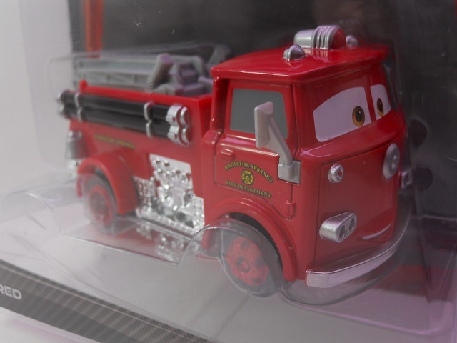 disney cars 2 deluxe red (1)