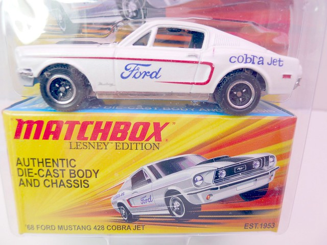 matchbox '68 ford mustang 428cobra jet  (2)