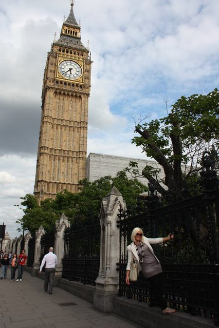 London 383