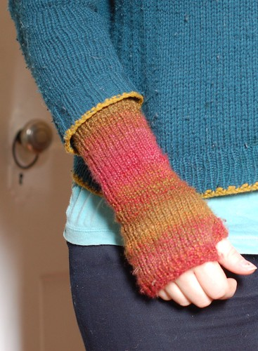 armwarmers, pilly sweater