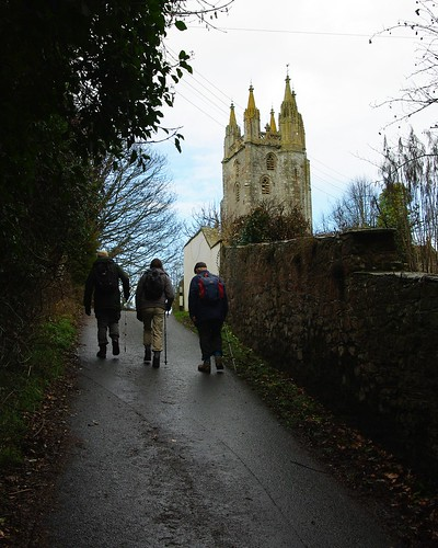 20110227-38_Approaching All Saints Church - Newland Village by gary.hadden