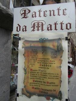 Patente da matto a Gubbio: cosa è e come fare a prenderla
