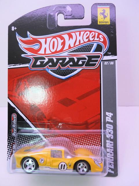 hot wheels garage ferrari 333 P4 yellow (1)