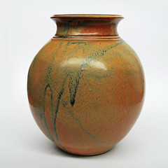 Redbyrne Potteries. Robert Waterson vase