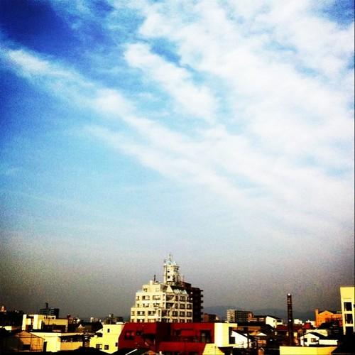 いまから出かけまーす! #Osaka #sky