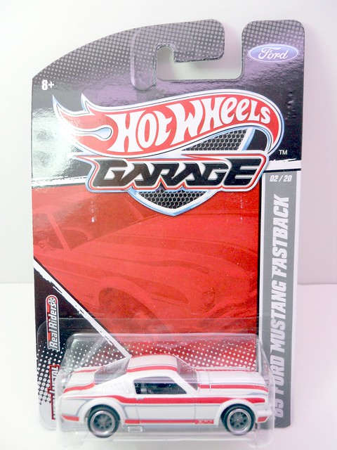 hot wheels garage 65 ford mustang fastback (1)