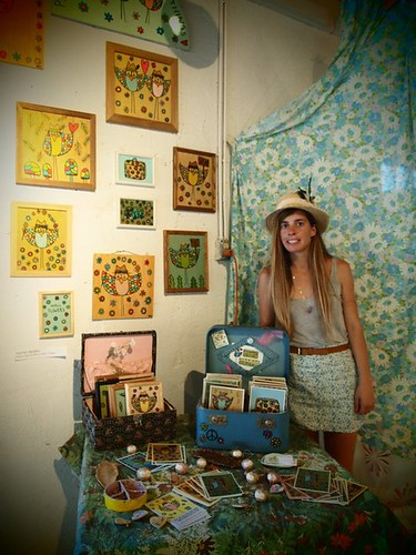 Creative DIY art show display ideas |
