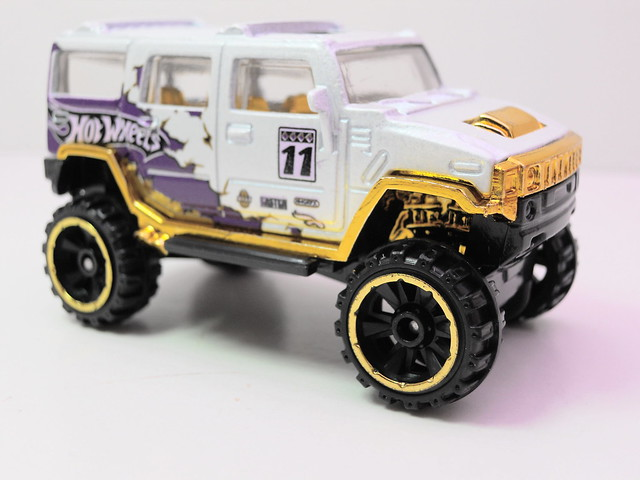 hot wheels easter 5 pack  hummer h2