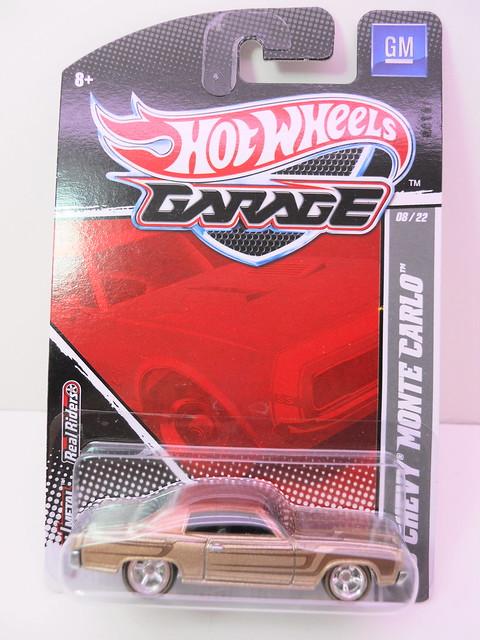 hot wheels garage '70 chevy monte carlo (1)