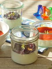Crema cotta al Comté con composta di olive di Gaeta e coulis di pomodorini