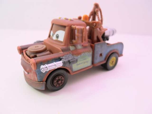disney cars 2 lights and sounds spy mater (2)