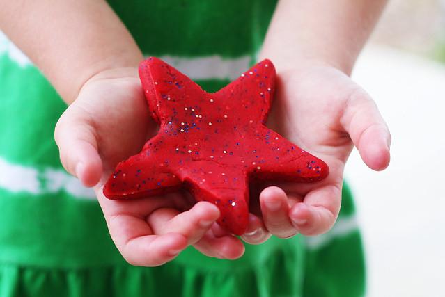 July 4th Glitter Playdough