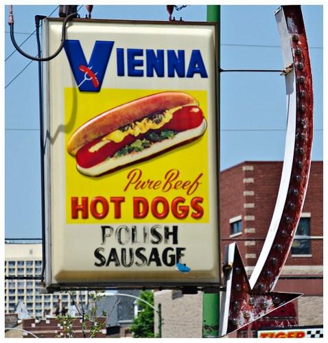 Vienna Pure Beef Hot Dogs Polish Sausage