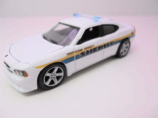 greenlight hot pursuit 2008 dodge charger broward county sheriff florida (4)