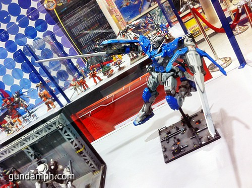 Toy Kingdom SM Megamall Gundam Modelling Contest Exhibit Bankee July 2011 (13)