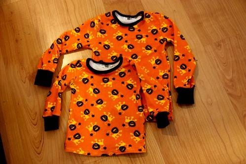 Lion shirts, size 116cm and 86cm