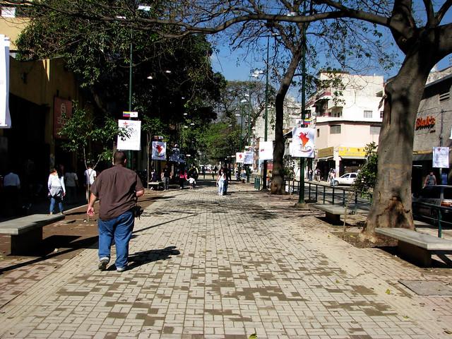11 Bulevar César Rengifo