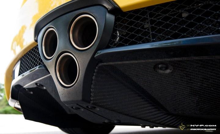 yellow Lexus LFA exhaust