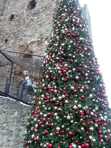 Castle & Christmas Tree
