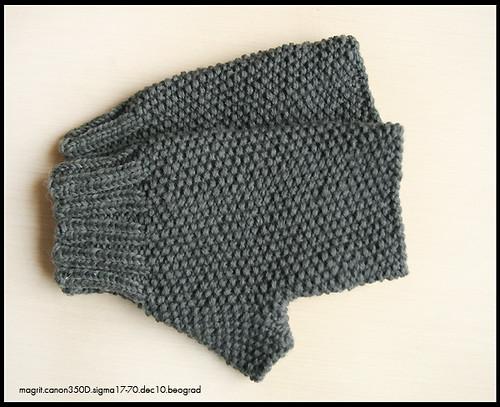 grey mittens