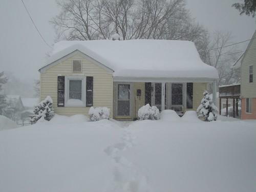 House Snow 17 hrs.