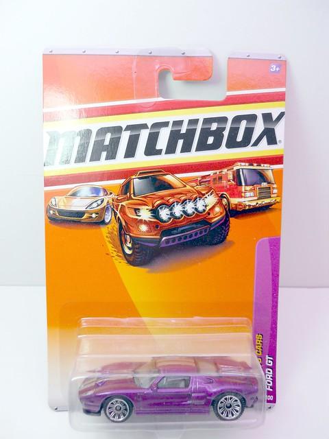 matchbox ford gt purple (1)