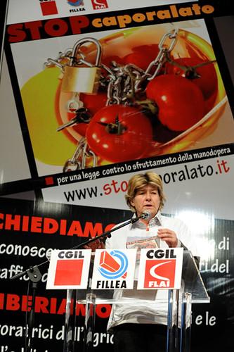"""Foto """"FILLEA e FLAI CGIL - 'STOP caporalato'-74"""" by CGIL Nazionale - flickr"""