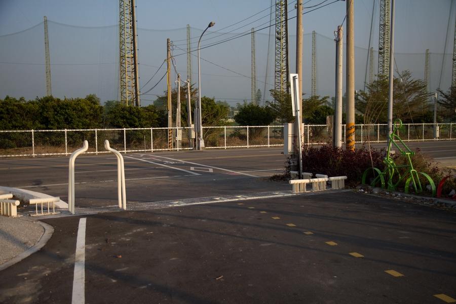 20110205_17_Bike way_02