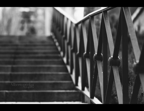 (73/365) Al final de la escalera by albertopveiga