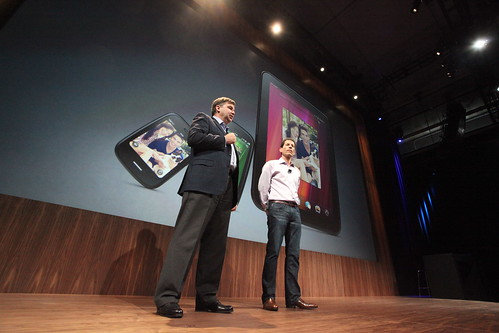 HP execs announce TouchPad