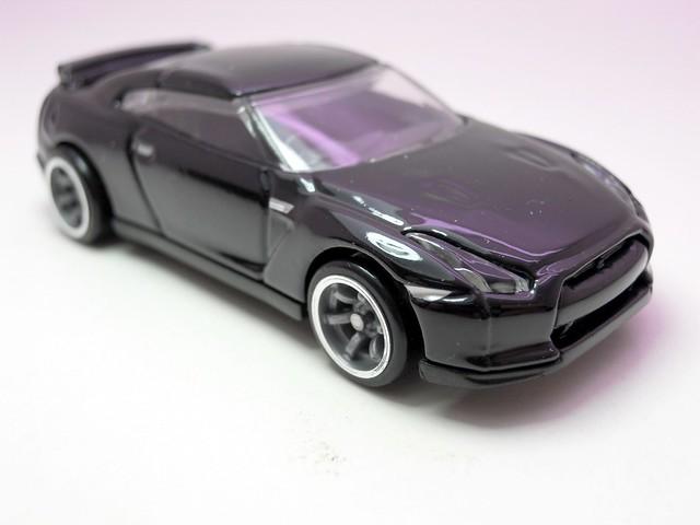 hot wheels speed machines '09 nissan gt-r specV blk (2)