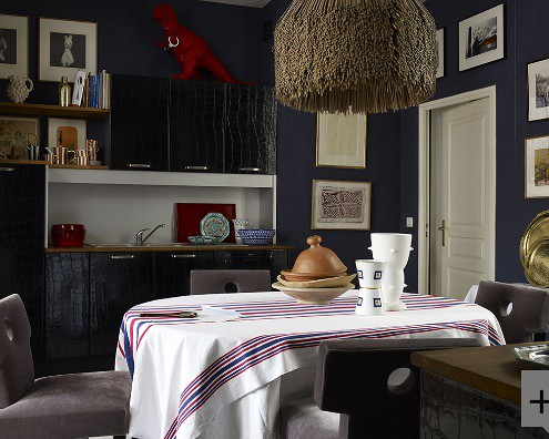 Simon Upton photog dark blue dining area
