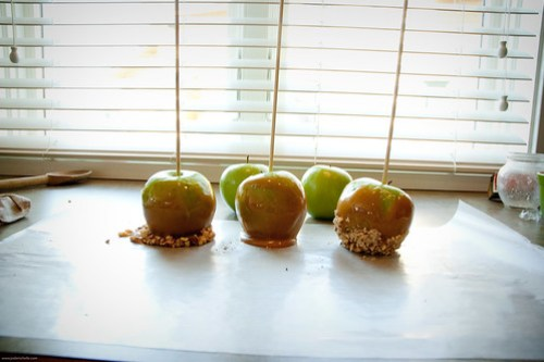 {how to} Make Caramel Apples