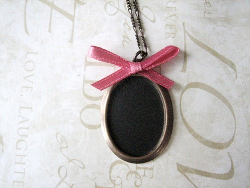 chalkboard necklace diy - pre message (a blank slate)