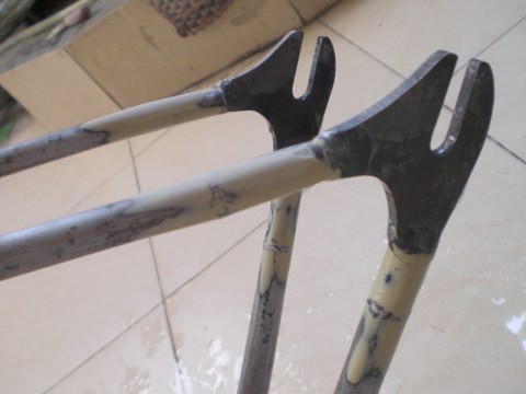 DIY: Repaint Your Fixie Frame #3