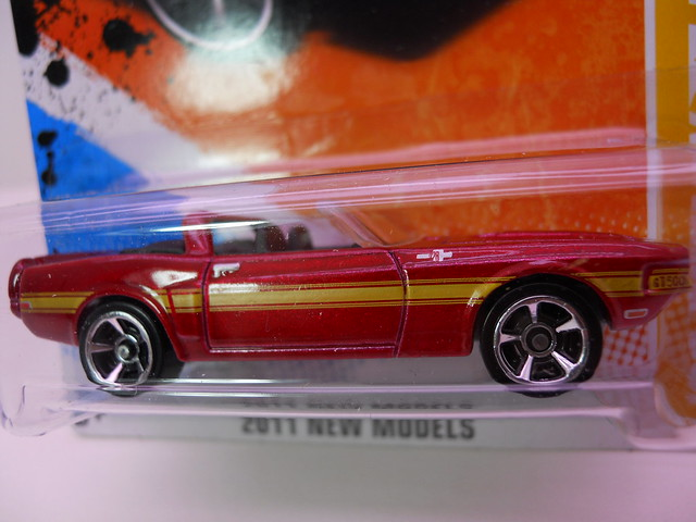 hot wheels red '69 shelby gt-500 (2)