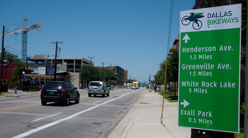 Dallas Bikeways sign