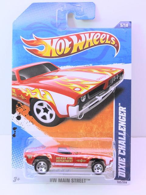 hot wheels dixie challenger (1)