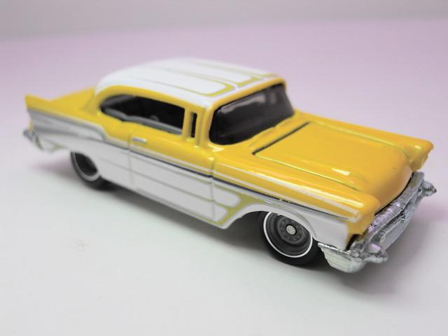 hot wheels garage '57 chevy bel air (2)