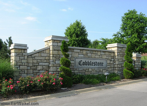 Cobblestone Condominiums and Cobblestone Estates Louisville KY 40241 Condos Townhouses Patio Homes off Chamberlain Ln at Glasgow Blvd Near Brownsboro Rd and I265 by EarlWeikel.com
