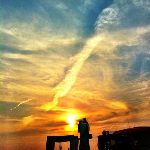 夕焼け…神龍? #sunset