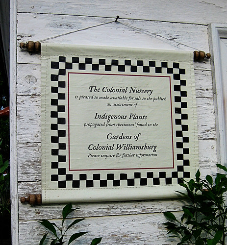 Williamsburg gardens sign