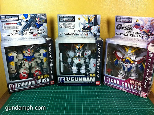 SD Archive God Gundam (03) Out Of Box Review