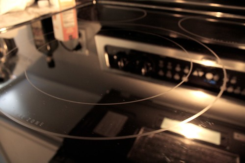 how to clean kitchen glass stove top