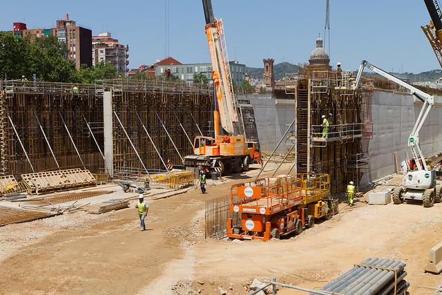 Formación de los viales en Pont Sant Adrià - Norte - 30-06-11
