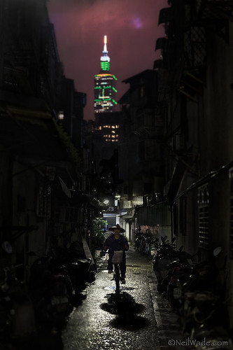 Taiwan Economic Contrast
