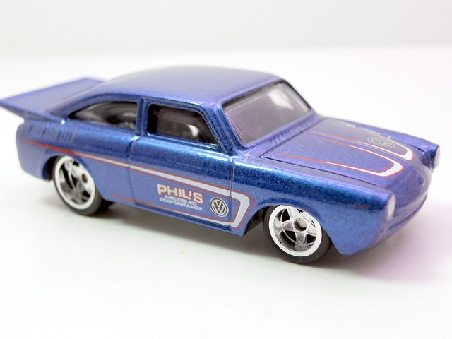 hot wheels phils garage '65 volkswagen fastback (2)