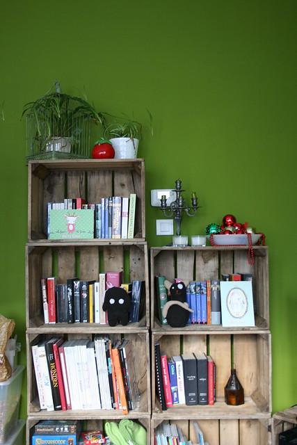 Fruitkistjes boekenkast