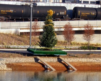 Railroad Park's first Christmas tree. acnatta/Flickr