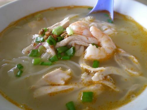 Ipoh hor fun soup